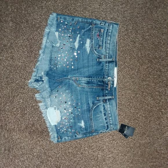 Hollister Pants - New shorts